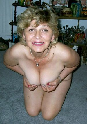 beautiful mature women porn