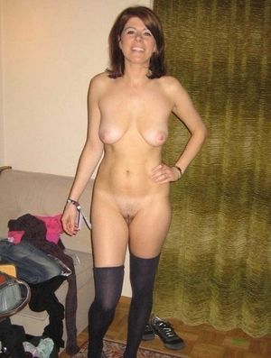 hairy amateur mom