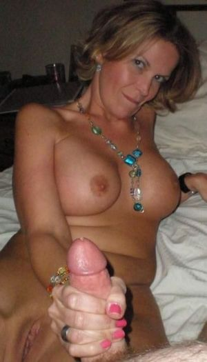 amateur hot mom