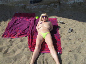 exhibitionist granny