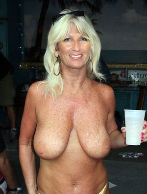 mature naked women videos