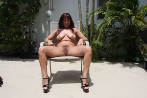 hairy mature mom