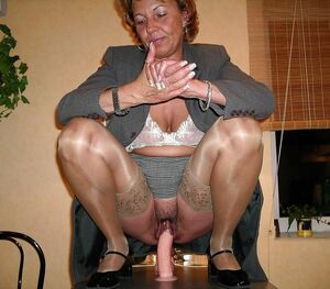 mature legs spread