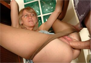 mature amature blowjob