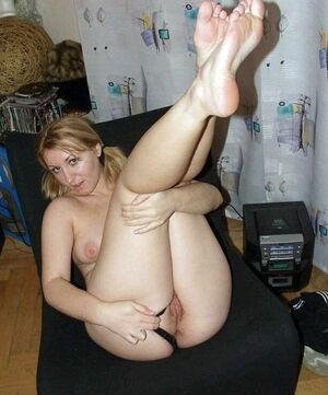 Women with spreading legs, photos after masturbation