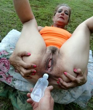 mature women squirting