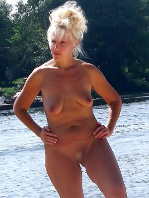 milf nudist