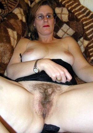 naked hairy mature women